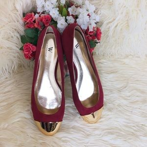 Worthington Red Flats With Gold Shiny Toe